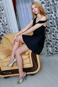 Adele Shaw - Weuda [Zip] 26ghe9tglb.jpg