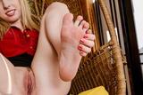 Sofie Carter - Footfetish 30608io4miw.jpg