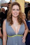 th_75639_Jenna_Fischer_2009-01-25_-_15th_Annual_Screen_Actors_Guild_Awards_8166_122_1072lo.jpg