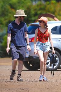 Anna Kendrick in Hawaii - 07/05/2015