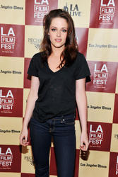 Кристен Стюарт, фото 191. Kristen Stewart arrives at 'A Better Life' World Premiere Gala Screening during the 2011 Los Angeles Film Festival at Regal Cinemas L.A. LIVE on June 21, 2011 in Los Angeles, California., photo 191