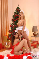 EveAngelofficial - Dorothy Black & Eve Angel - An insatiable Christmas Eve! *December 21, 2011*