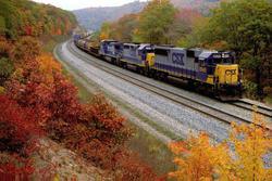 22 Beautiful Trains Wallpapers  Th_76526_tduid1721_Forum.anhmjn.com_20101124121950020_122_1178lo