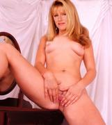 Suzanne summers hairy pussy