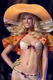 th_20111_Victoria_Secret_Celebrity_City_2007_FS_7202_123_714lo.jpg