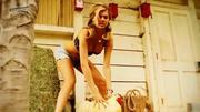 http://img169.imagevenue.com/loc995/th_379006102_KateUpton_SexyTits2hd1080p.avi_snapshot_00.33_2013.09.05_16.15.14_122_995lo.jpg